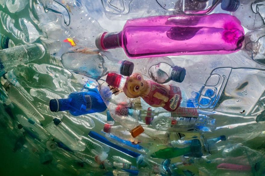 plastic<em>planet</em>4.jpg