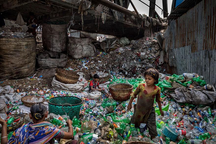 plastic<em>planet</em>5.jpg