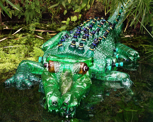 recyc</em>szobor2.jpg